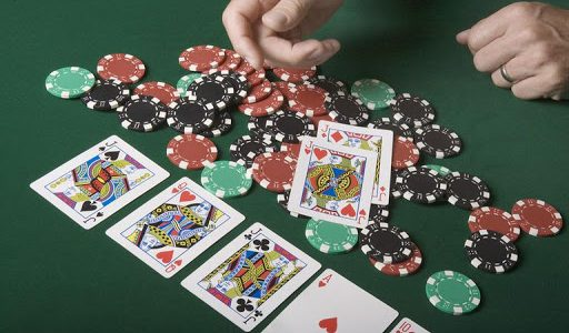 Playing Texas Holdem Poker - Playing the Flop and Overcards
